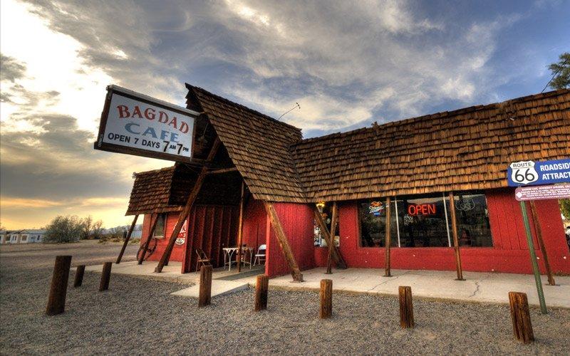 il Bagdad Cafè e altri bar leggendari sulle infinite strade americane