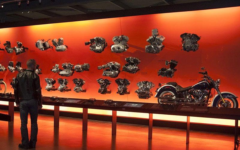 un sogno per tutti i motociclisti, la fabbrica dell'Harley Davidson a Milwaukee